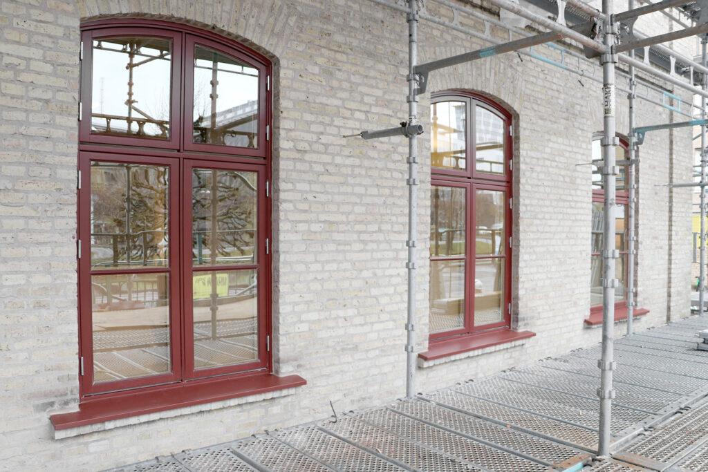 Efter avslutad fönsterrenovering, kontorsfastighet i Göteborg - Kaborn Jensen Bygg AB