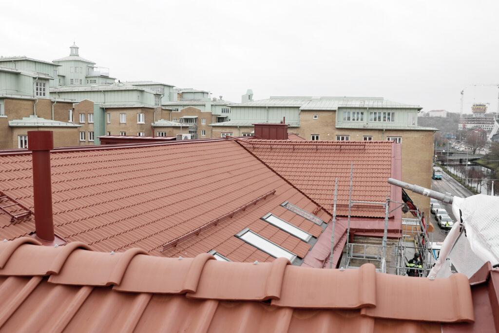 Efter avslutat takbyte, hyreshus i Göteborg - Kaborn Jensen Bygg AB