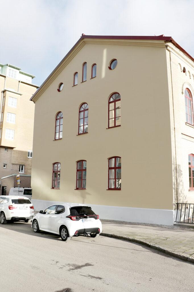 Efter fasadrenovering och fönsterrenovering, totalentreprenad i Göteborg Kaborn Jensen Bygg AB
